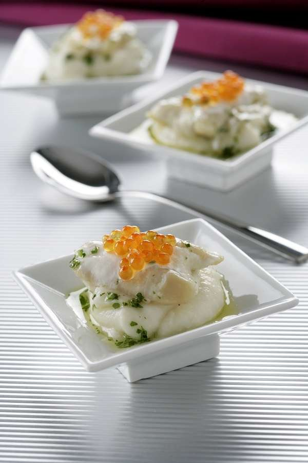 Hake cheeks with trout roe and cauliflower purée recipe