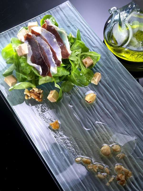Lamb´s lettuce and duck ham salad