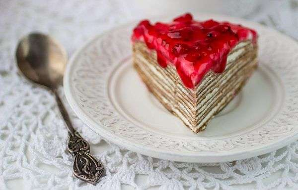 Delicious crepe cake recipe from Valentine´s Day