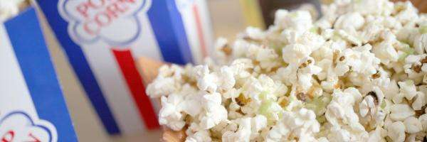 popcorn and olive oil made at home