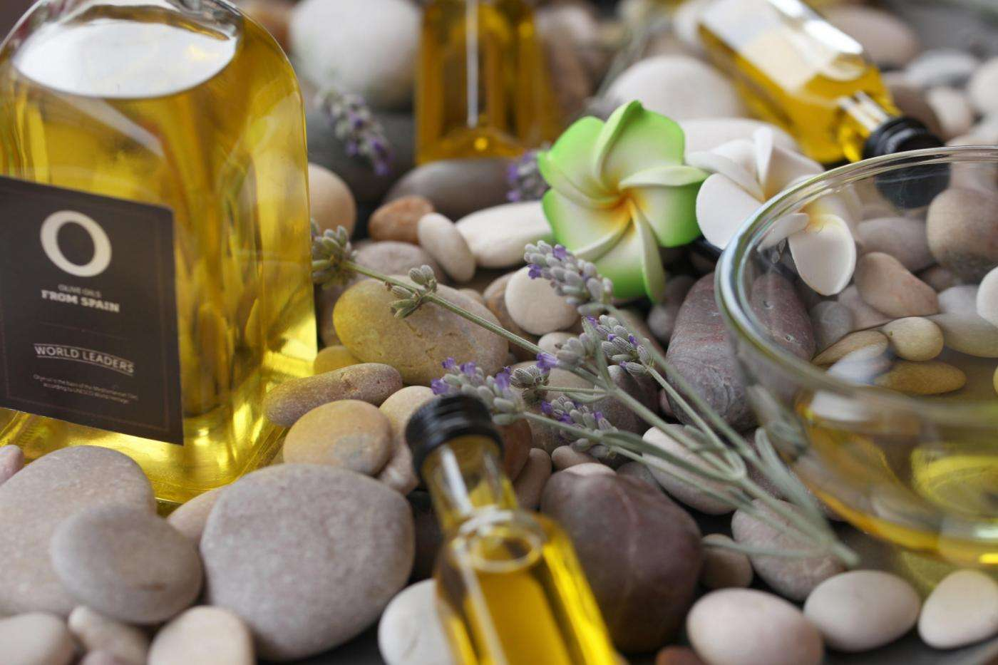 Three great ideas to revitalize your skin with olive oil