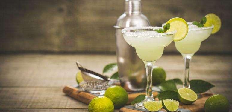 Margarita with Hojiblanca extra virgin olive oil cocktail recipe