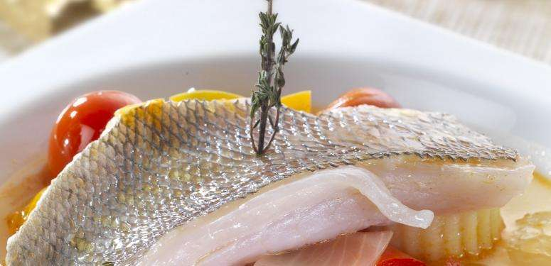 Stewed sea bream with olive oils from Spain