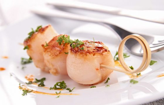 Grilled Scallops with Lemon-Herb Drizzle