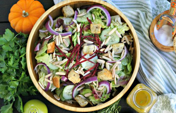 Sherry-herb vinaigrette salad dressing