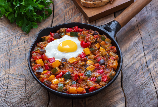 Spanish pisto is a very healthy dish, full of vegetables and olive oil